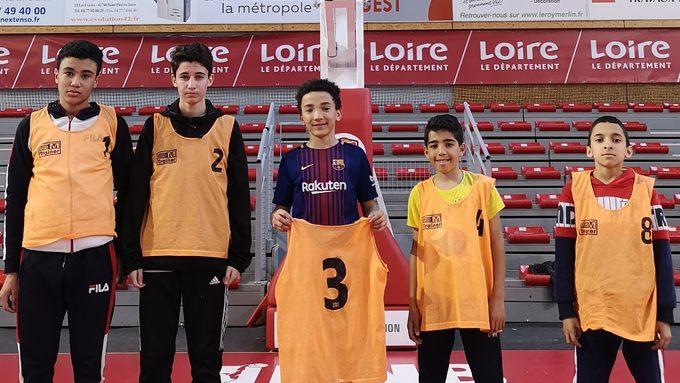L'équipe des 5 garçons: Mohamed B., Amine, Otman, Mohamed S. et Baha-Din